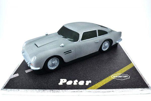 Aston-Martin-DB5-Car-Cake