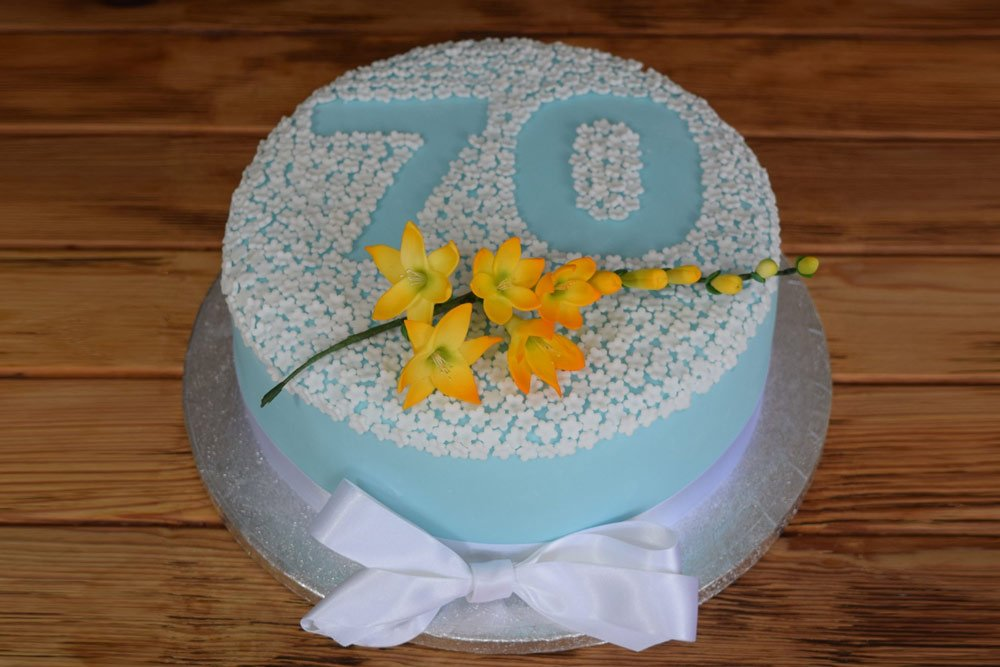 Number Blossom Cake With Spray