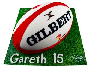 Rugby-Ball-Cake